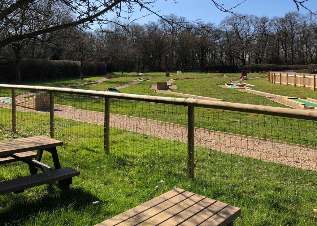 golf picnic area